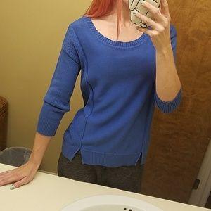 AE blue scoop neck sweater